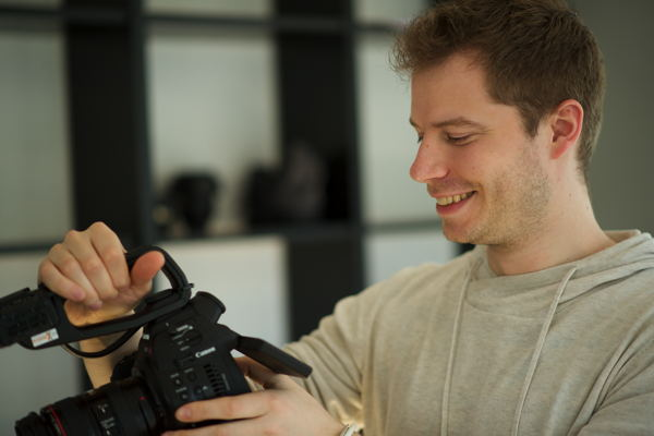 Film-connexion – Eike Simon verstärkt Technik-Team